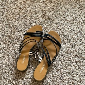 Shoes - Black strap slippers